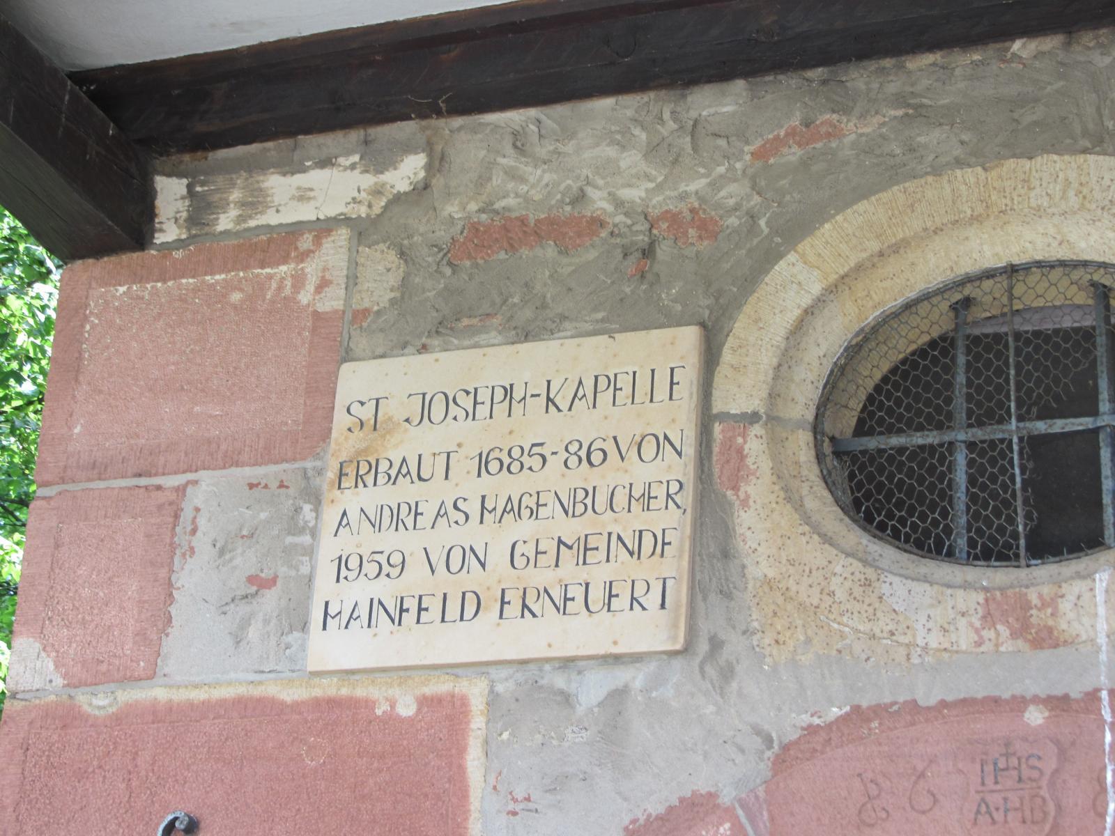 Inschrift an der St.-Joseph-Kapelle